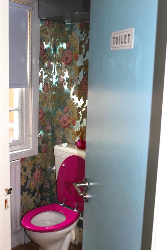 On Cloud Nine beauty godalming treatment massage review toilet