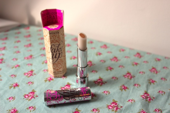 Benefit Fake Up Medium Concealer Review